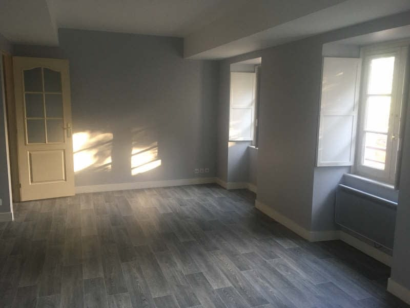 Location appartement Poitiers 640€ CC - Photo 1