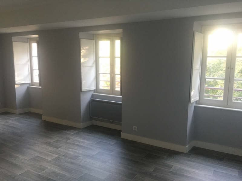 Location appartement Poitiers 640€ CC - Photo 2