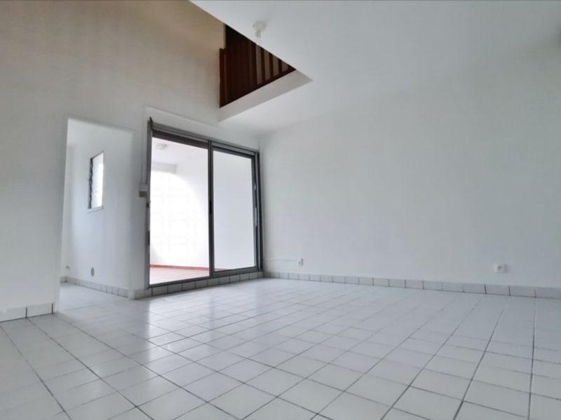 Rental apartment St gilles les bains 758€ CC - Picture 1
