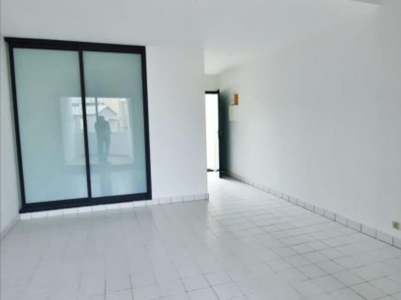 Rental apartment St gilles les bains 758€ CC - Picture 2