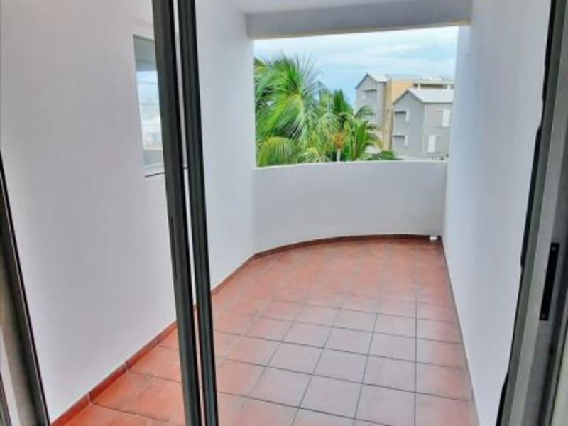 Rental apartment St gilles les bains 758€ CC - Picture 3