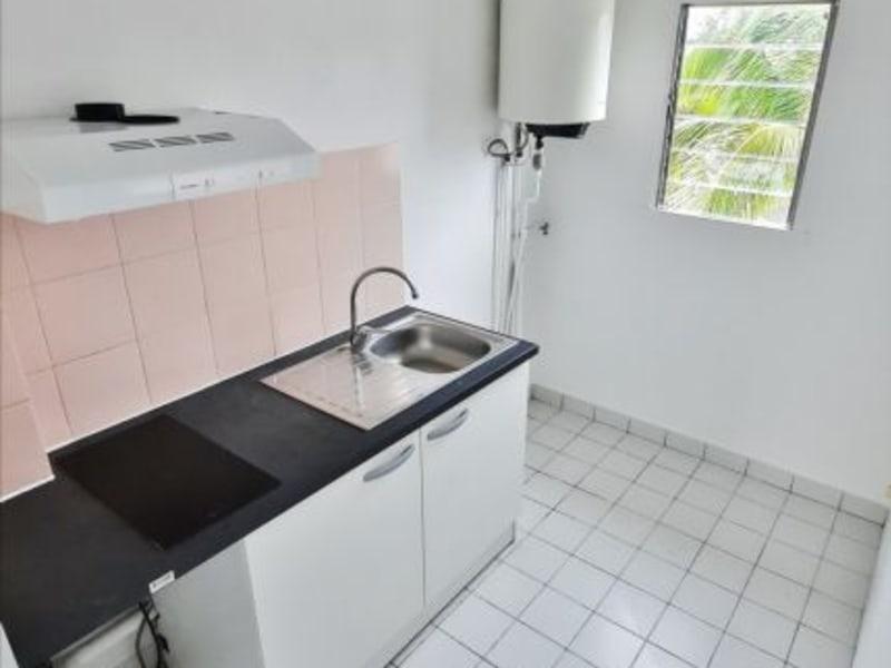 Rental apartment St gilles les bains 758€ CC - Picture 4