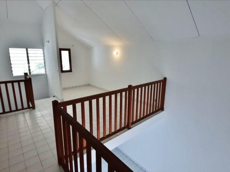 Rental apartment St gilles les bains 758€ CC - Picture 5