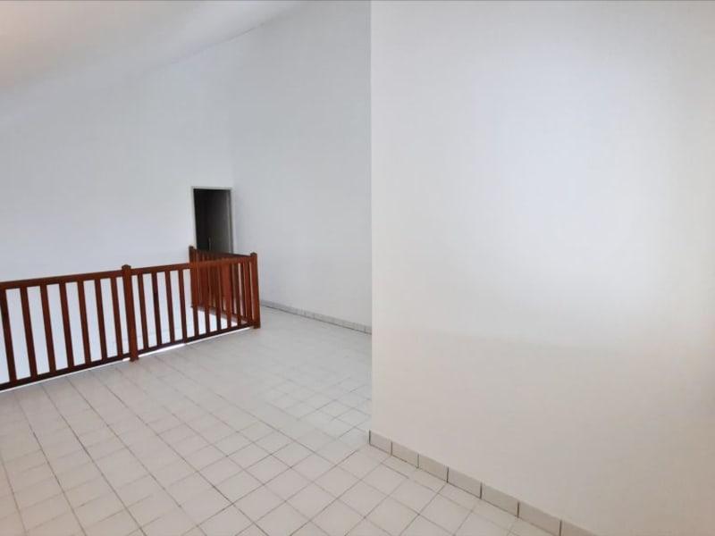 Rental apartment St gilles les bains 758€ CC - Picture 6