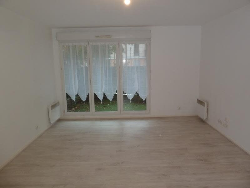 Rental apartment Cergy 775,48€ CC - Picture 3