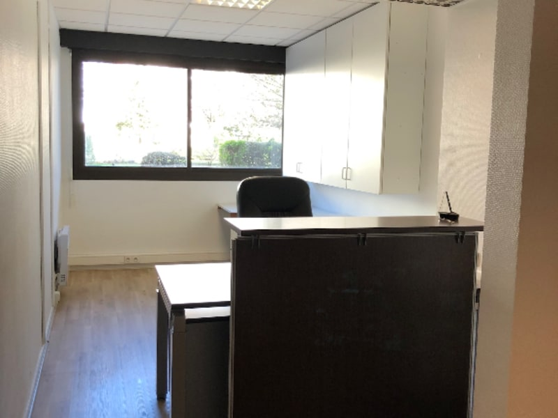Rental office Annecy 2400€ HC - Picture 2