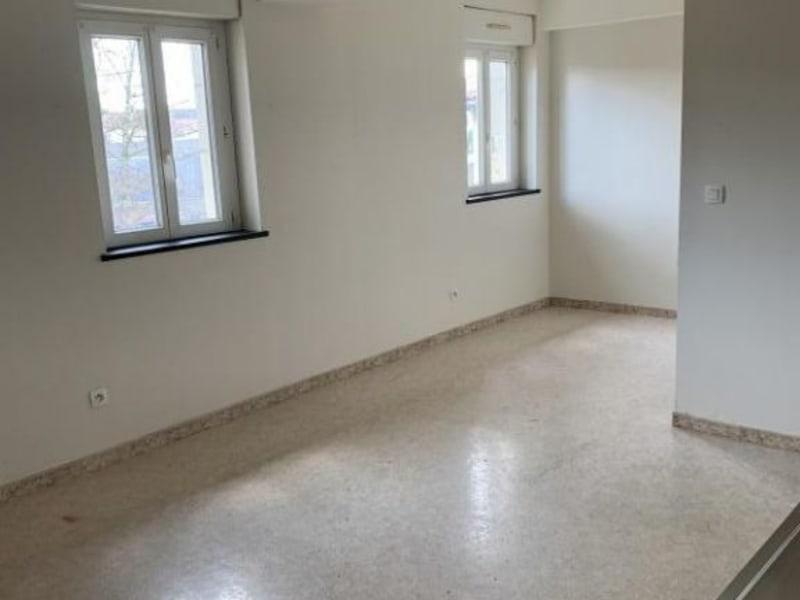 Rental apartment Castres 390€ CC - Picture 2