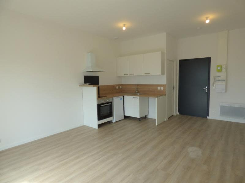Rental apartment Mazamet 340€ CC - Picture 1