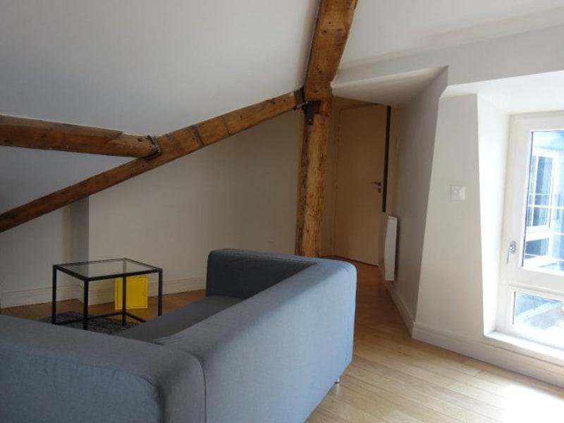 Rental apartment Lyon 2ème 990€ CC - Picture 2