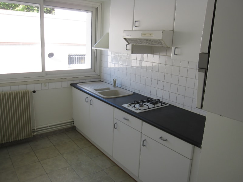 Rental apartment La rochelle 500€ CC - Picture 2