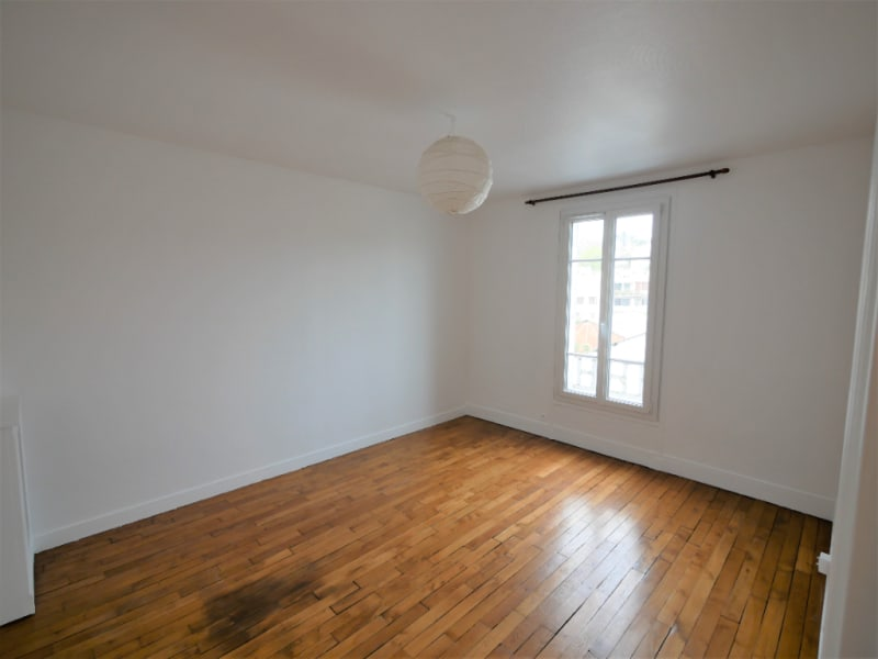 Rental apartment Vaucresson 812€ CC - Picture 1