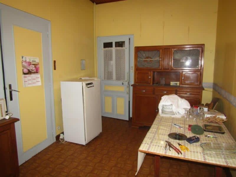 Sale house / villa Callac de bretagne 74900€ - Picture 6