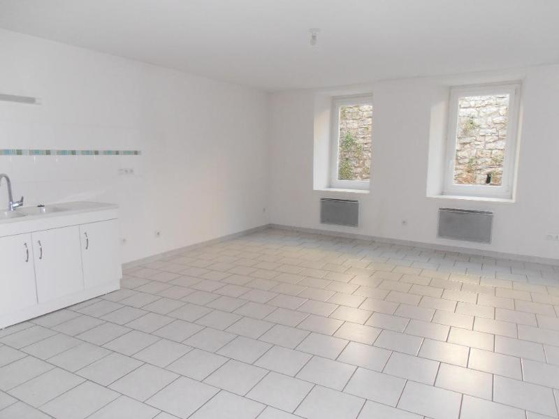 Rental apartment Nantua 518€ CC - Picture 1