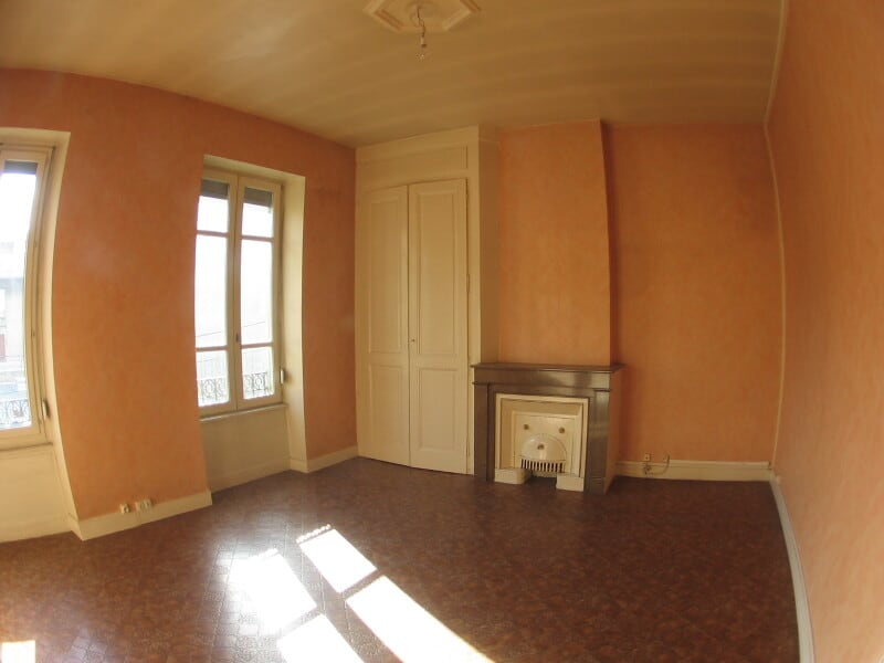 Location appartement Oullins 590€ CC - Photo 1