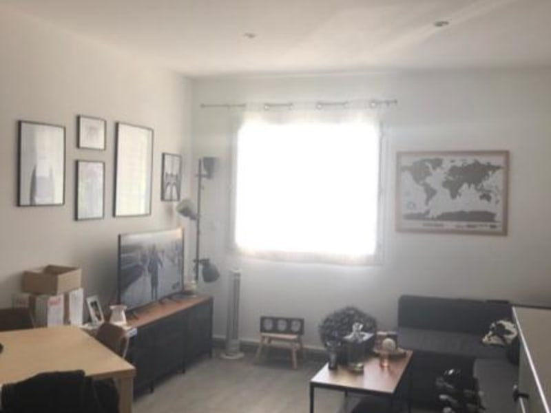 Rental apartment Aix en provence 698€ CC - Picture 1