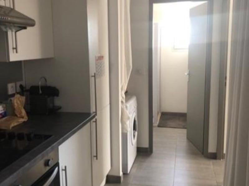 Rental apartment Aix en provence 698€ CC - Picture 2