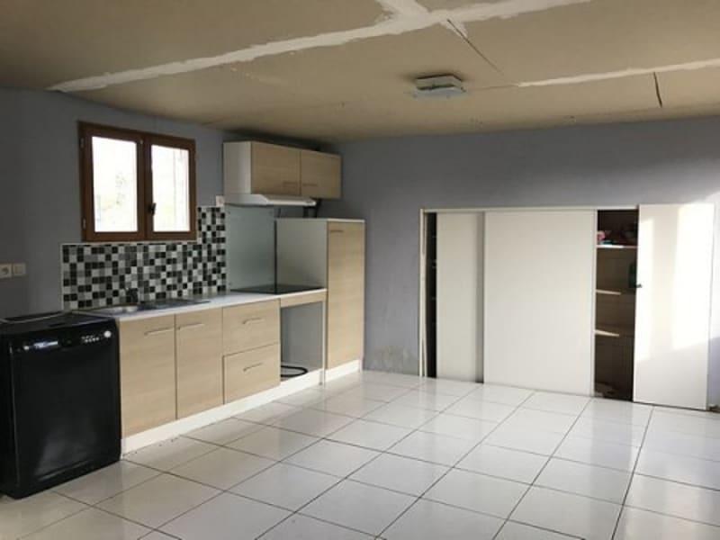 Sale house / villa Senarpont 75000€ - Picture 2