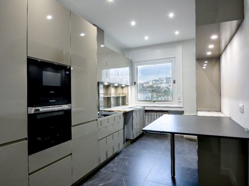 Location appartement Lyon 6ème 3 380€ CC - Photo 6