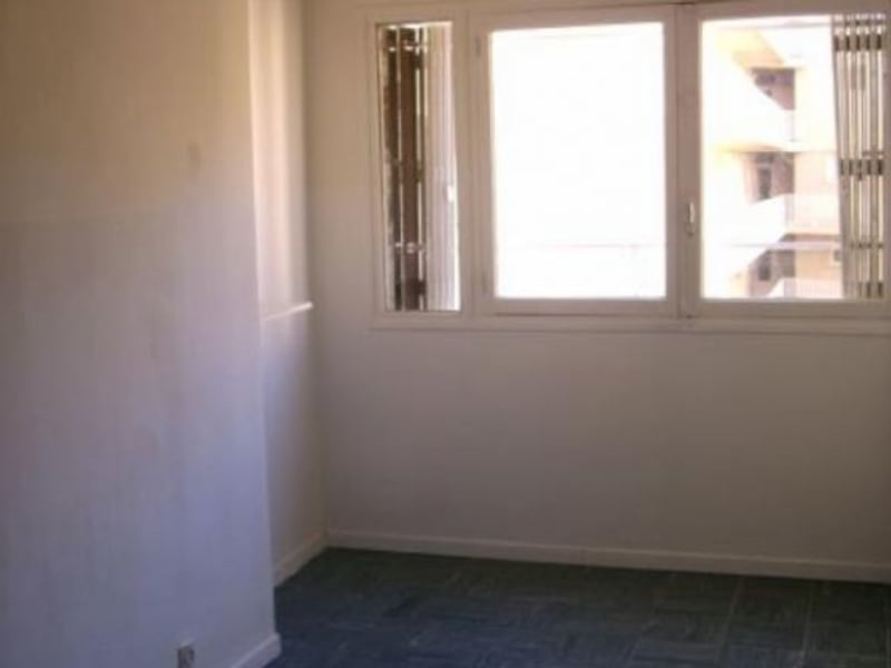 Sale apartment Toulon 120 000€ - Picture 3