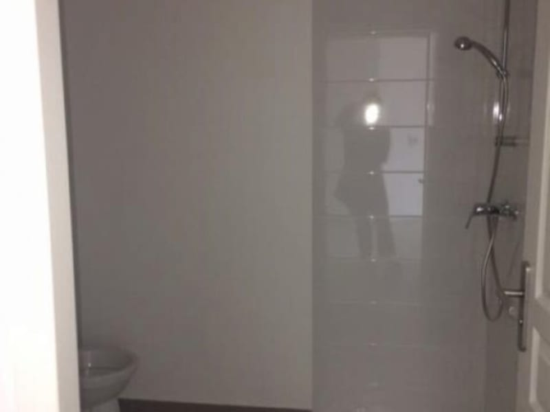Location appartement Nanterre 835€ CC - Photo 5