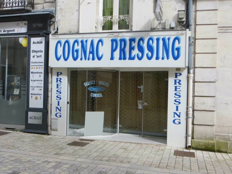 Location local commercial Cognac 430€ HC - Photo 1