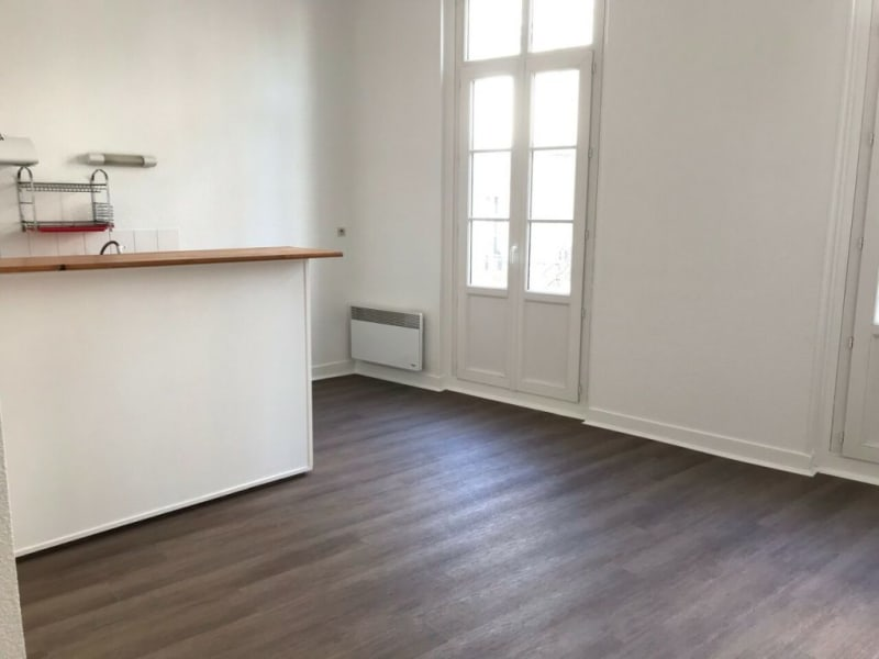 Location appartement Cognac 350€ CC - Photo 1