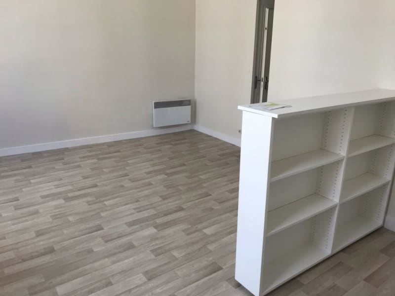 Location appartement Cognac 72€ CC - Photo 3