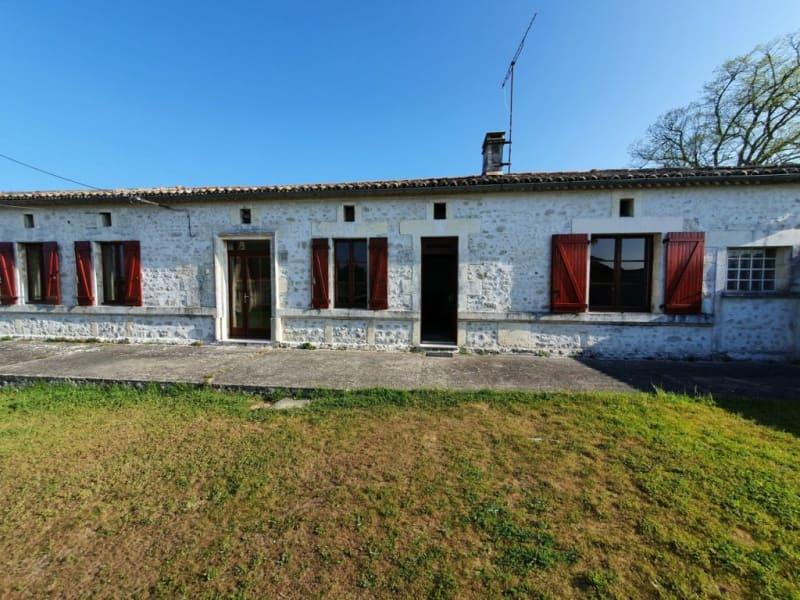 Vente maison / villa Barbezieux-saint-hilaire 229500€ - Photo 1