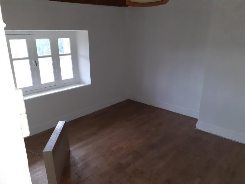 Sale house / villa Chalus 137600€ - Picture 4