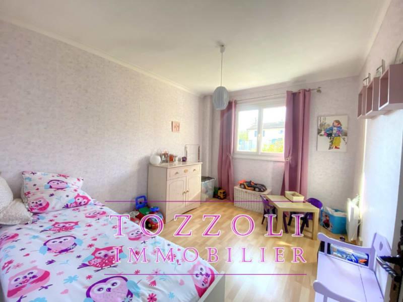 Sale house / villa Saint quentin fallavier 336000€ - Picture 5