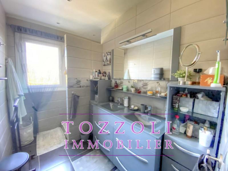 Sale house / villa Saint quentin fallavier 336000€ - Picture 8
