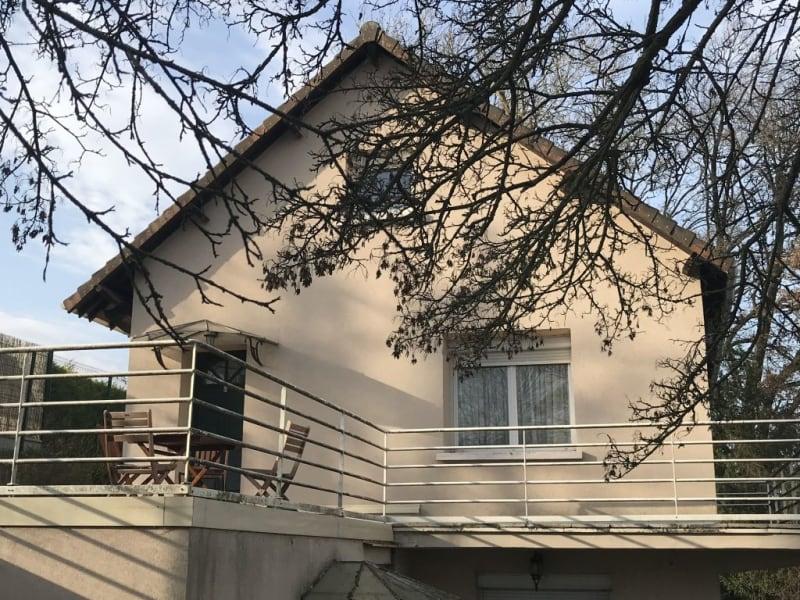 Sale house / villa Villennes sur seine 875500€ - Picture 2