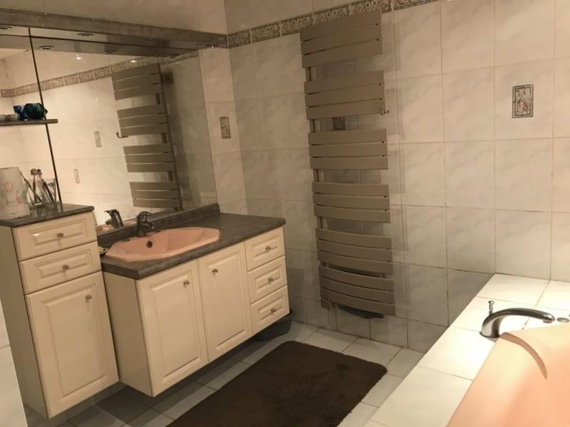 Sale house / villa Villennes sur seine 875500€ - Picture 11