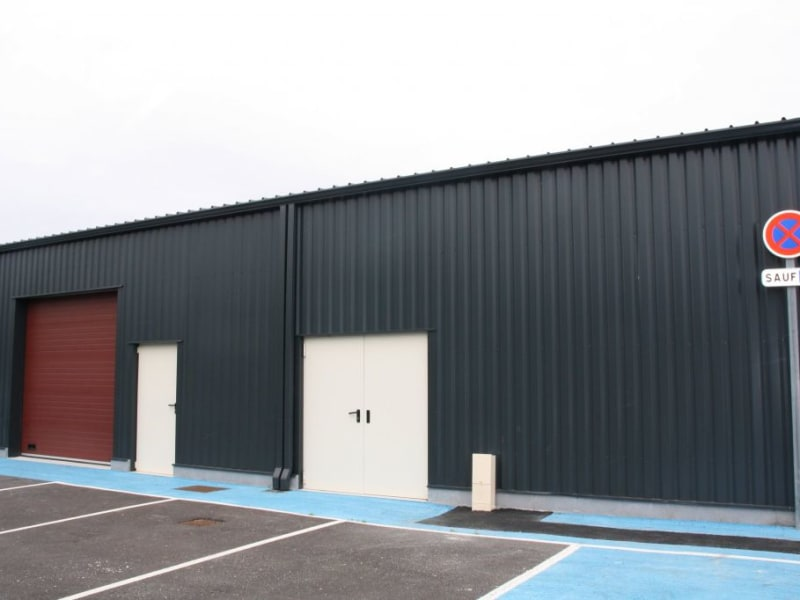 Location local commercial St jean d'illac 1587€ HC - Photo 2