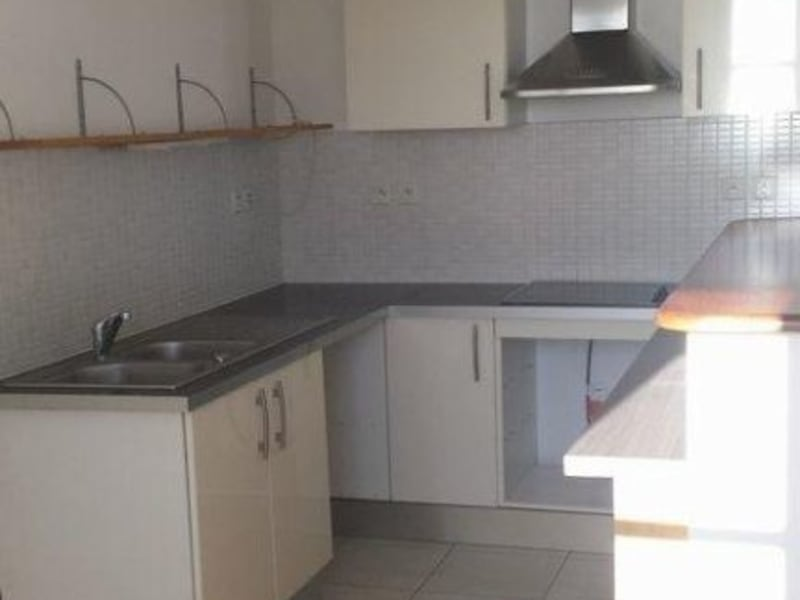 Location appartement Ste clotilde 833€ CC - Photo 6
