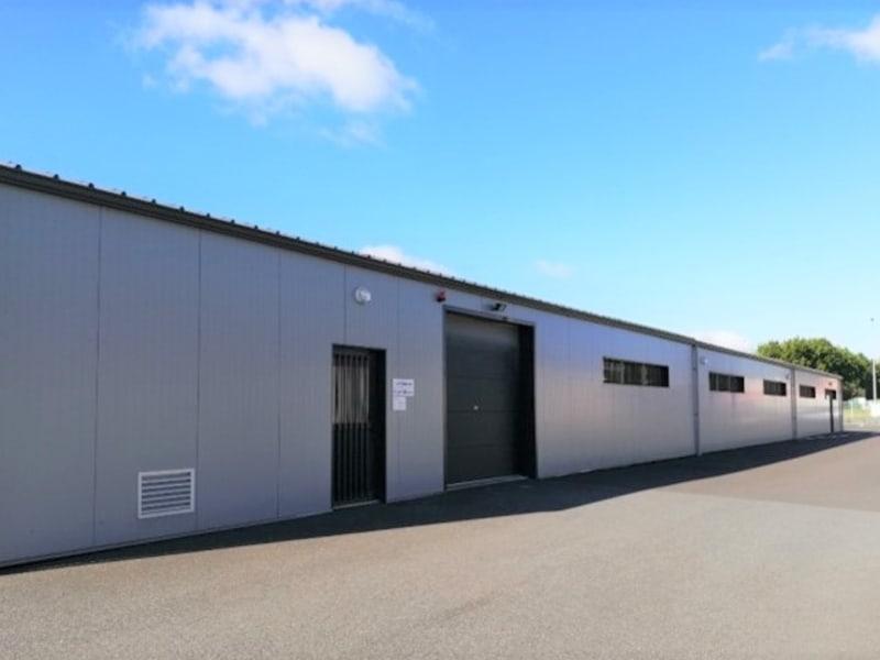 Sale building Bressuire 620000€ - Picture 2