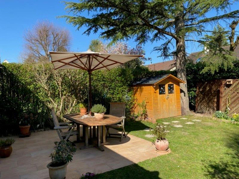 Sale house / villa Feucherolles 560000€ - Picture 2