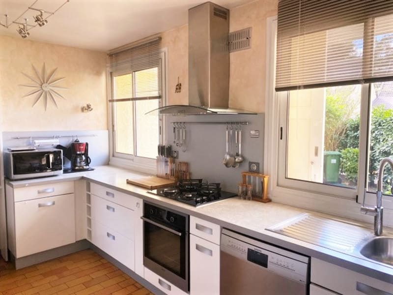 Sale house / villa Feucherolles 560000€ - Picture 7