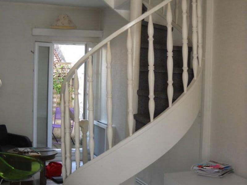Sale apartment Niort 137000€ - Picture 3