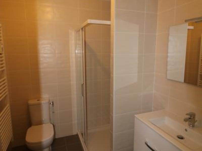 Rental apartment Bonneville 460€ CC - Picture 2