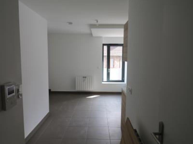 Rental apartment Bonneville 460€ CC - Picture 3
