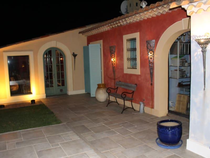 Vendita casa Saint laurent du var 660000€ - Fotografia 16