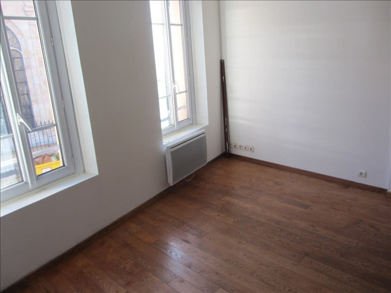 Location appartement Pontoise 860€ CC - Photo 4