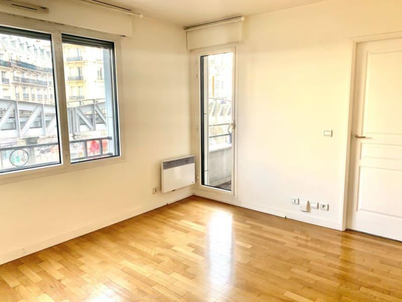 Rental apartment Paris 15ème 1350€ CC - Picture 2