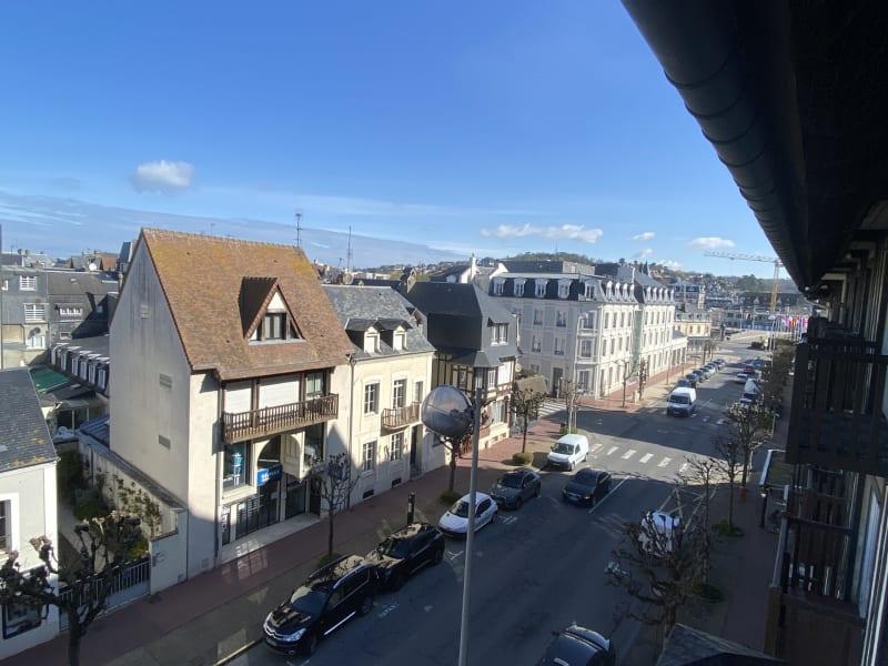 Sale apartment Deauville 318000€ - Picture 8