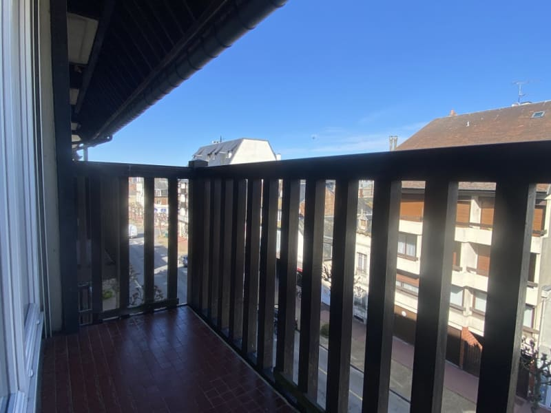 Sale apartment Deauville 318000€ - Picture 3