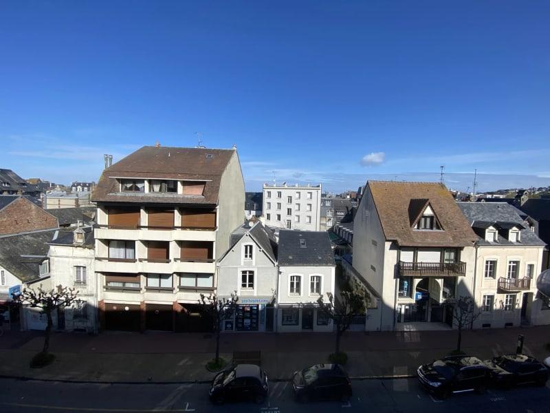 Sale apartment Deauville 318000€ - Picture 1