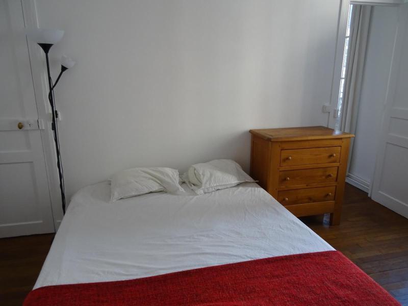 Location appartement Paris 10ème 1095€ CC - Photo 5
