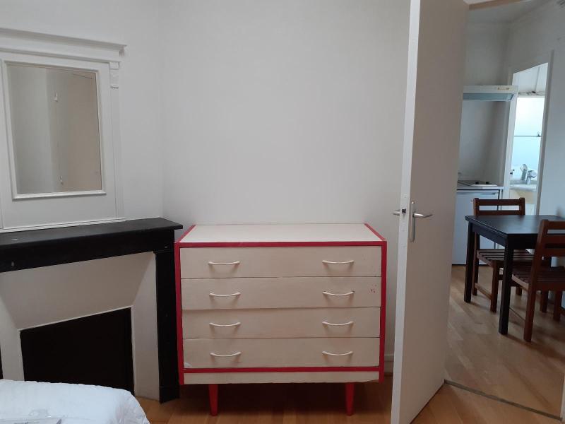 Location appartement Paris 8ème 799,49€ CC - Photo 4