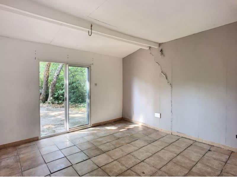 Sale house / villa Trets 271500€ - Picture 5